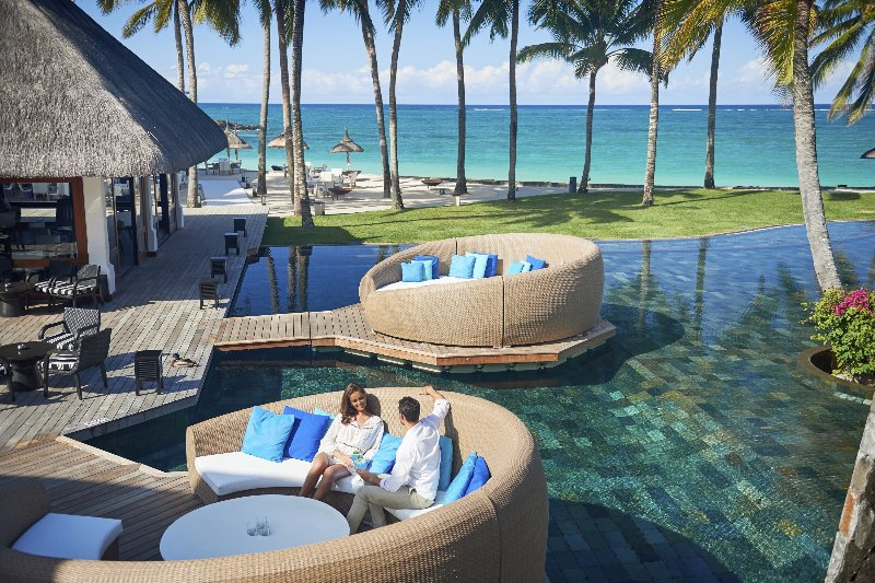 Mauritius  Constance Belle Mare Plage - The Floating Bar