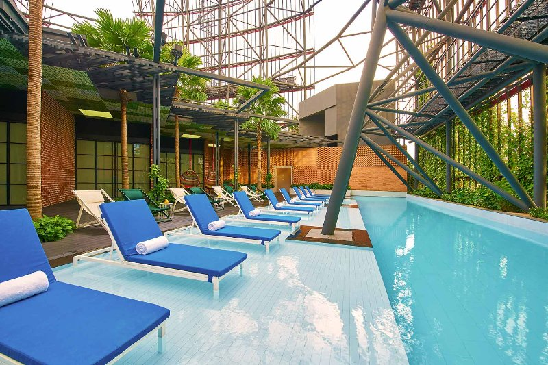 Singapore  Oasia Hotel Downtown Singapore - Rooftop Pool